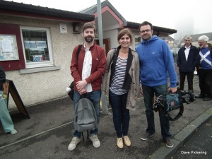 French film crew covers the referendum at Muirhouse